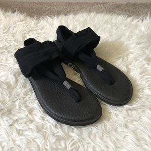 Sanuk Yoga Sling Sandals in Black